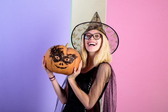 Top 6 costume ideas for this Halloween to pair with your favorite glasses