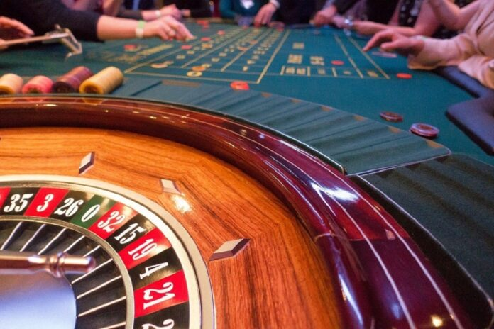 How do European countries' casino industries differ?