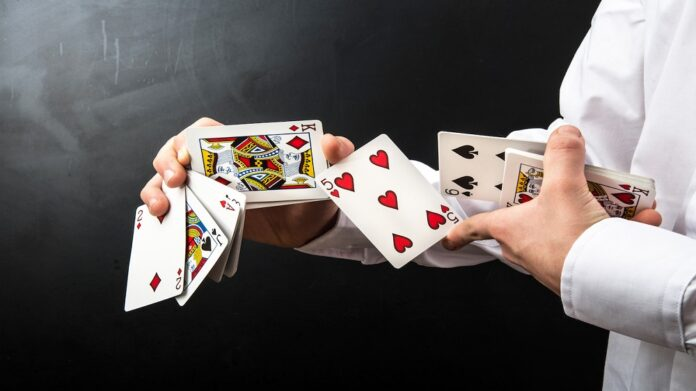 How To Play Online Card Games? – Learn Essential Tricks